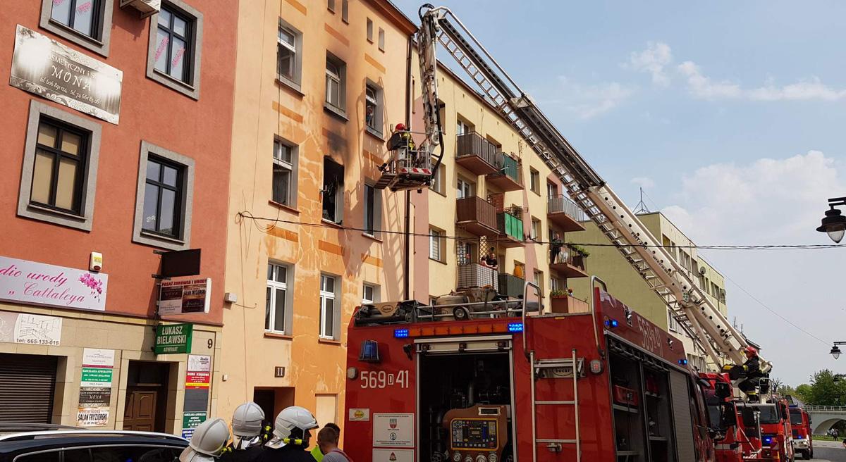 Spłonęło mieszkanie przy ul. Bohaterów Getta! [FOTO]