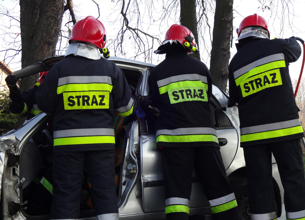 Ratowali poszkodowanych w wypadku [FOTO]